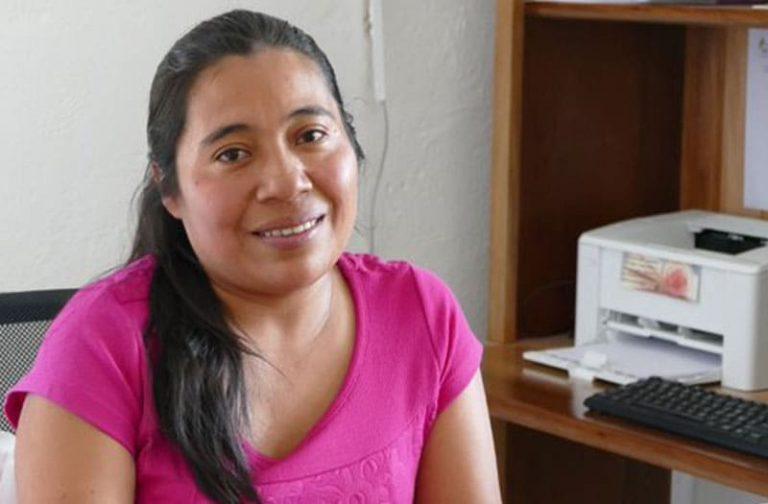 Psychologin hilft traumatisierte Kinder in Guatemala