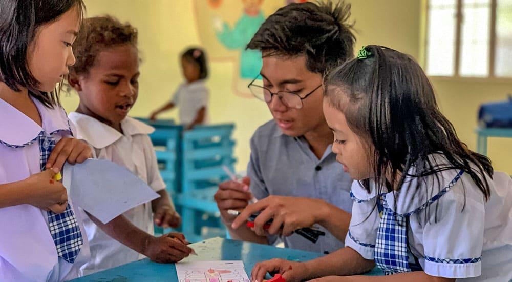 Kinderdorf_Philippinen_kostenlose_Schulbesuch
