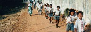 Schulkinder im Kinderdorf Sweet Home Indien