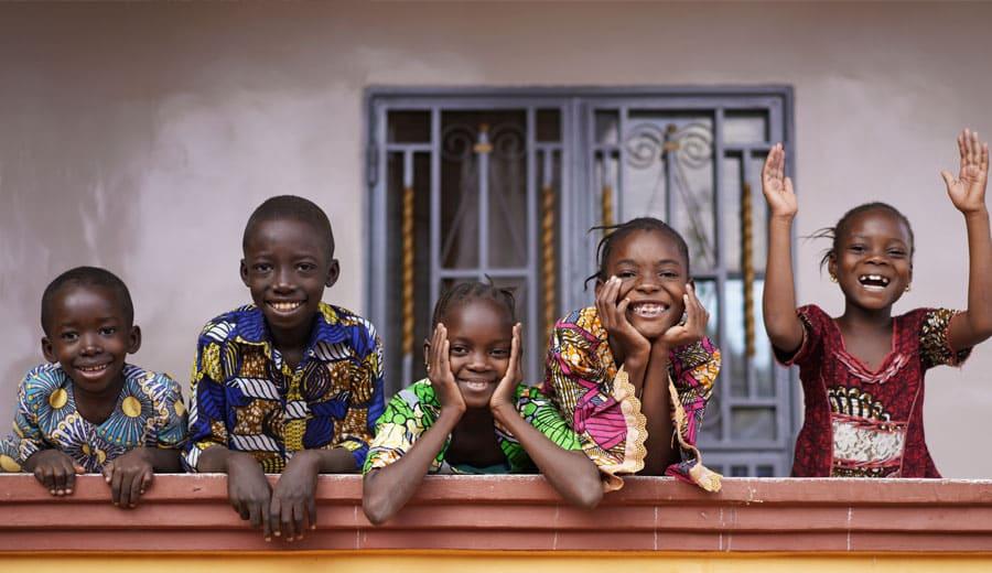 CFI Kinderhilfe Zusammen-Zuhause-Zukunft, Kinder in Not helfen, Pate werden, Kinderdorfdprojekte unterstützen